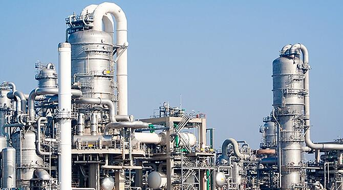 A petrochemical plant where heat exchangers are commonly used