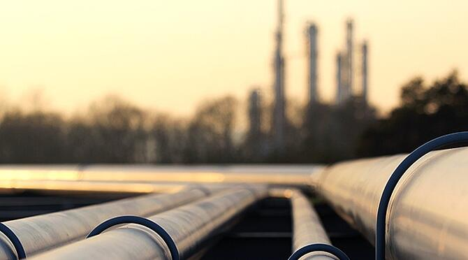 Oil and gas plant pipelines